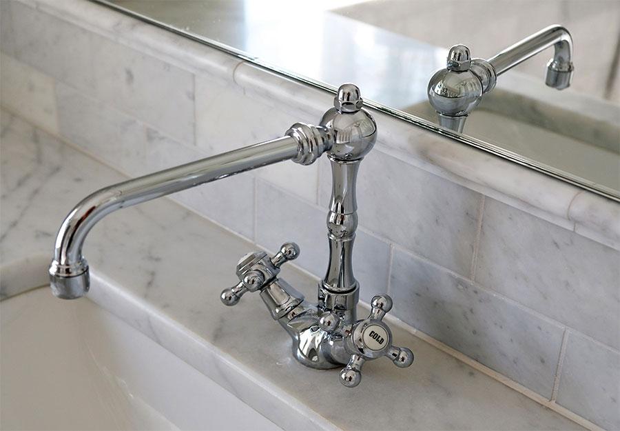 2-basin-tap-bath