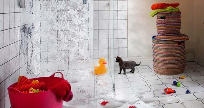 Skräddarsydd duschvägg i glas från Glasgiganten